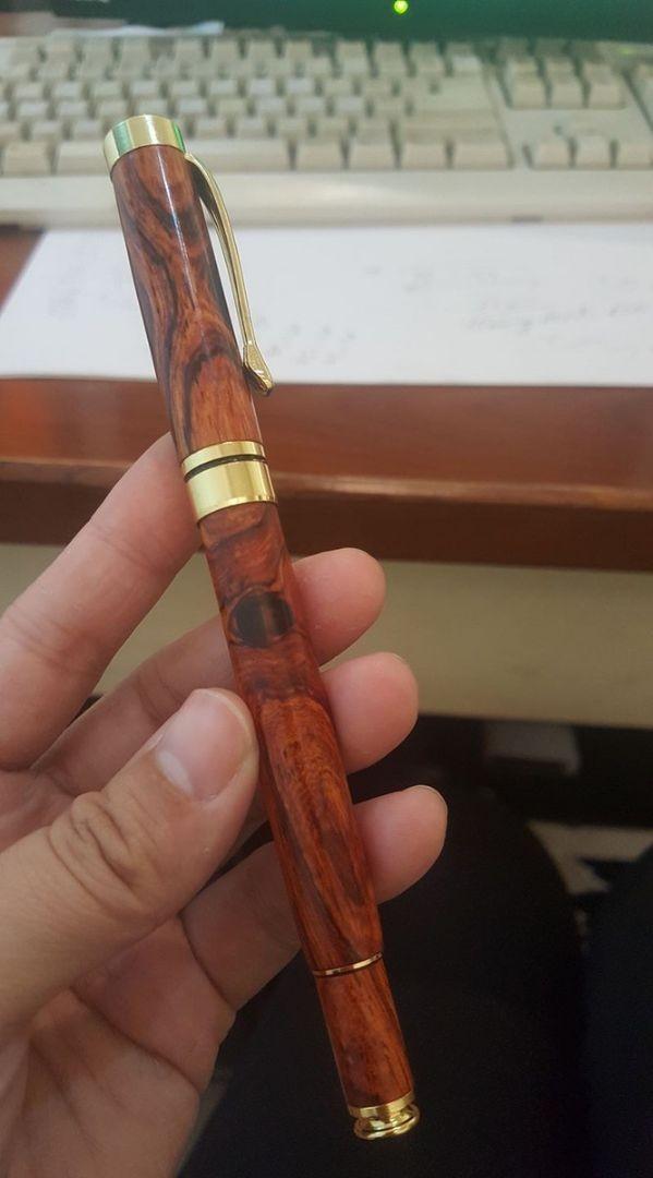 Bút gỗ Sưa cao cấp