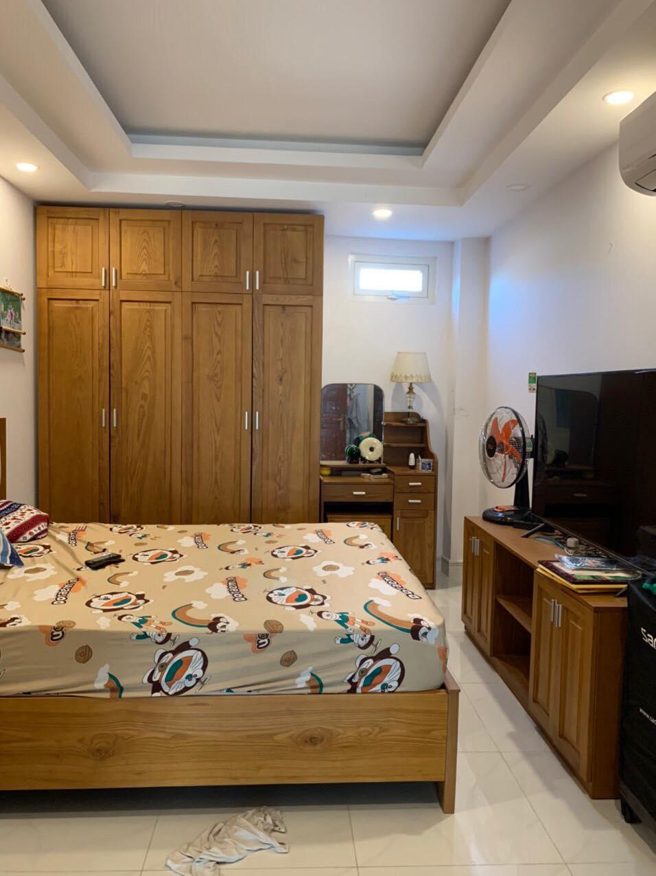 Nhà 4T hẻm Lê Văn Lương , tân quy, 3.11m x13.6m