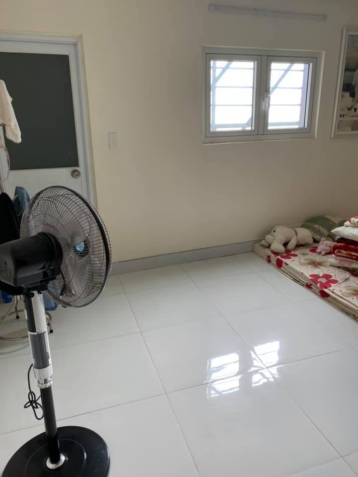 Nhà 1L hẻm 95 Lê Văn lương, 4.4m x 17m - 5 tỷ 850