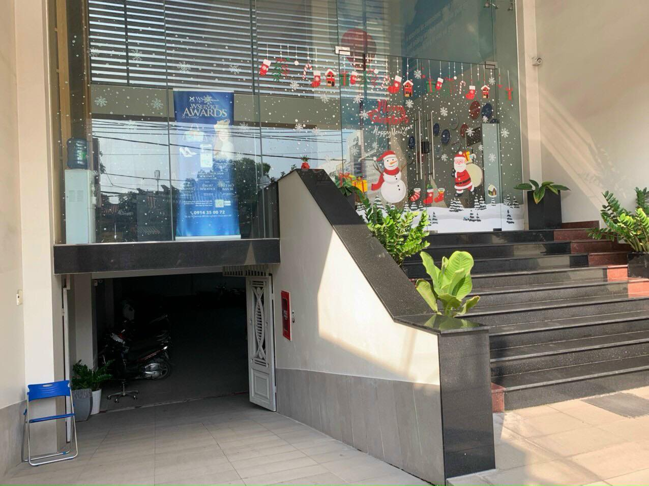 Tòa nhà vp 9T đường Lâm Văn Bền , Tân Kiểng, 7.8m x 28m2