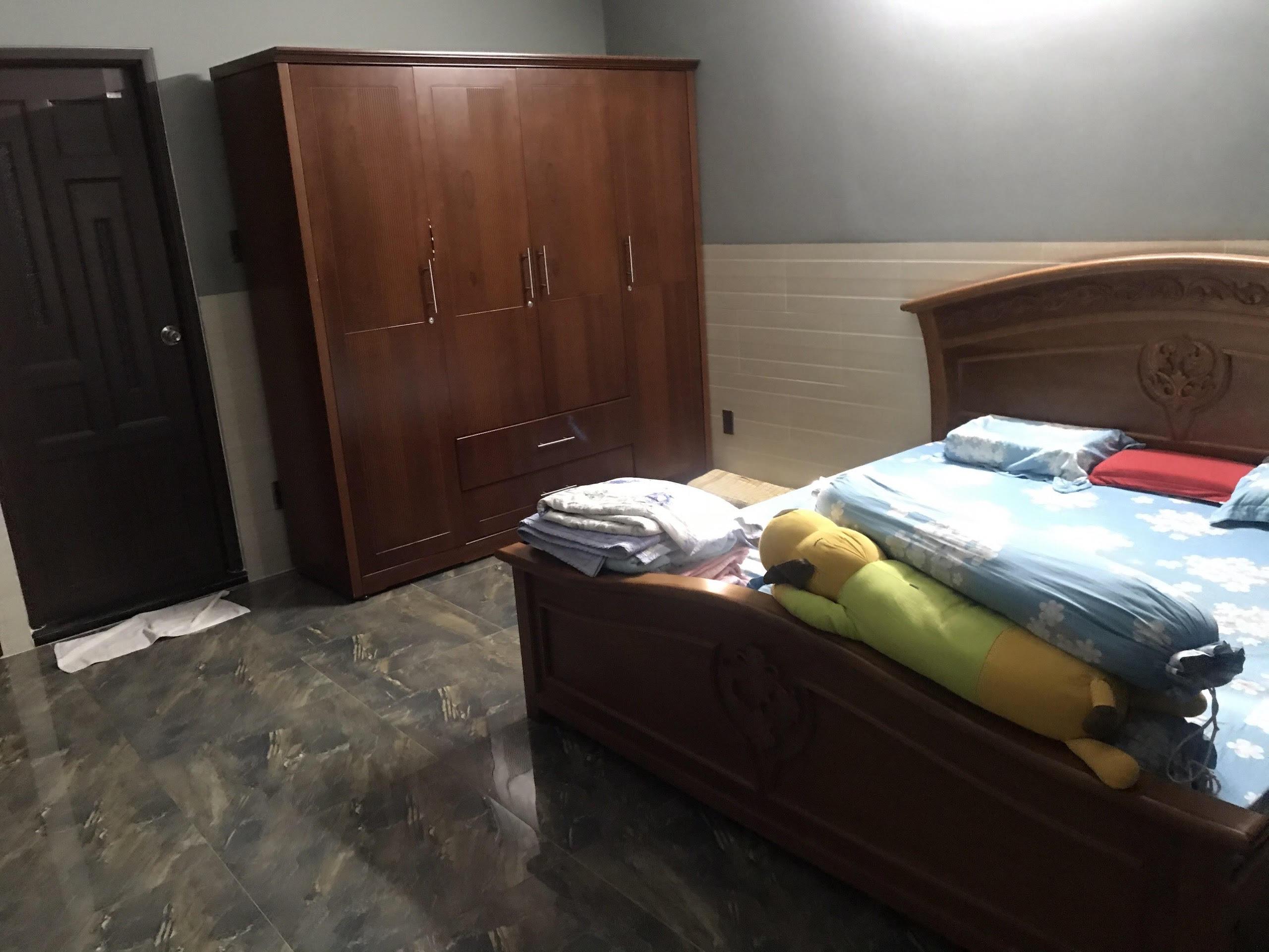 Nhà 4T hẻm xe hơi Nguyễn thị Xiếu , TT Tây,  4.6m x 14m ở hậu 6.9m