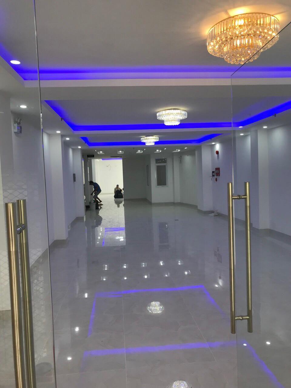 Tòa nhà vp 6 tầng Trần Xuân Soạn, tân Hưng ,6.1m x 38.6m nở hậu 12.5m