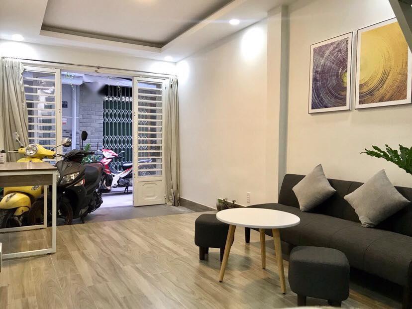 Bán nhà Q7 hẻm 30 Lâm Văn Bền, 3m x 9.4m chỉ 2.9 tỷ