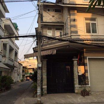 Nhà 3T 2mặt tiền khu cư xá ngân hàng  9m x 19.6m