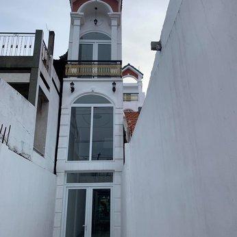 Nhà 3T mt Huỳnh Tấn Phát, Bình thuận 2.2m x 30.3m nở hậu 4.7m