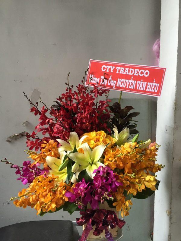 """Hộp hoa tươi """"Chúc Sức Khỏe"""""""