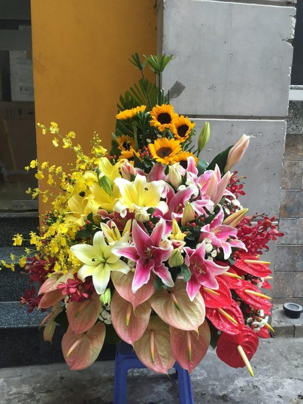 """Giỏ hoa tươi """"Thi Vị"""" nhiều ý nghĩa"""
