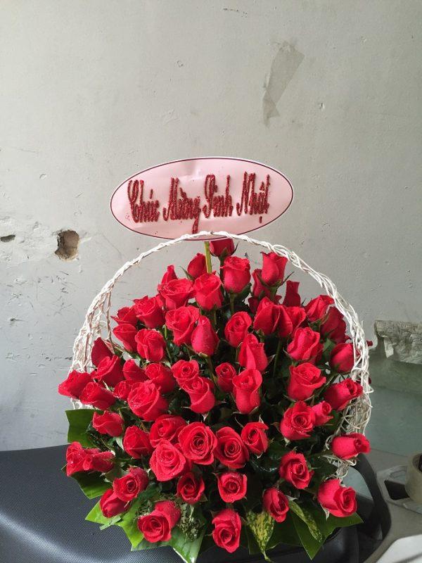 """Giỏ hoa hồng đỏ """"Trót Yêu"""" một nửa của mình"""