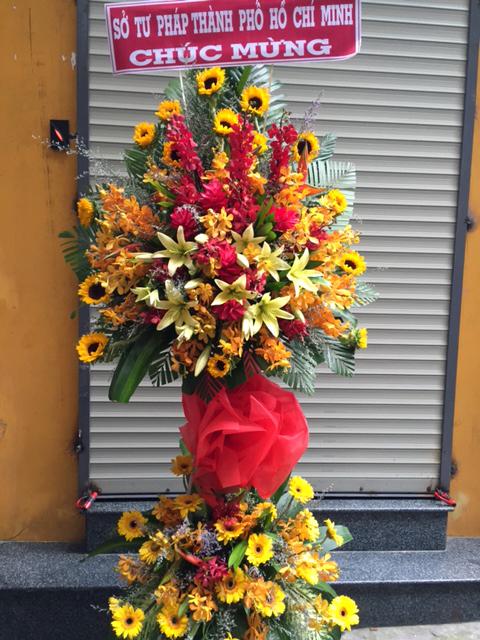 Kệ hoa tươi Kỷ Niệm Xưa lưu lại cùng nhau