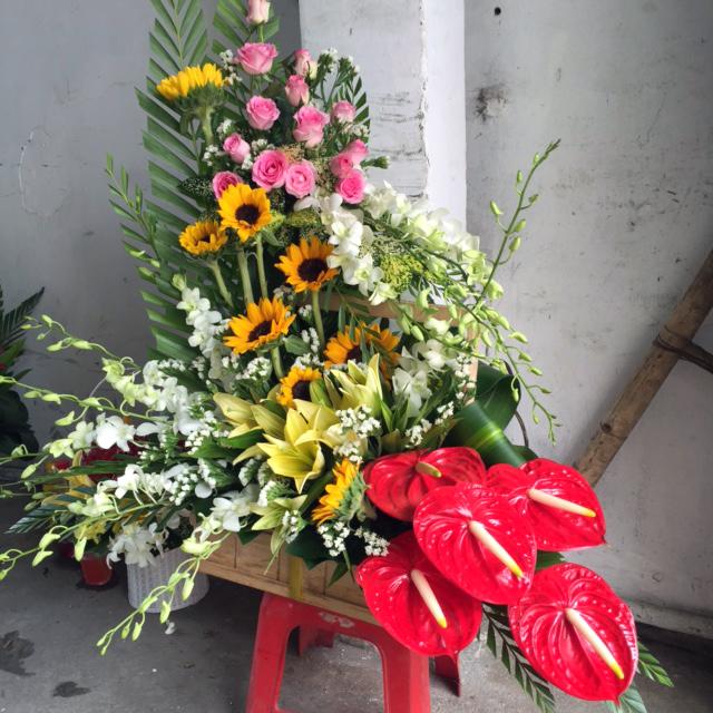 """Giỏ hoa tươi """"Vạn Sự Như Ý"""""""