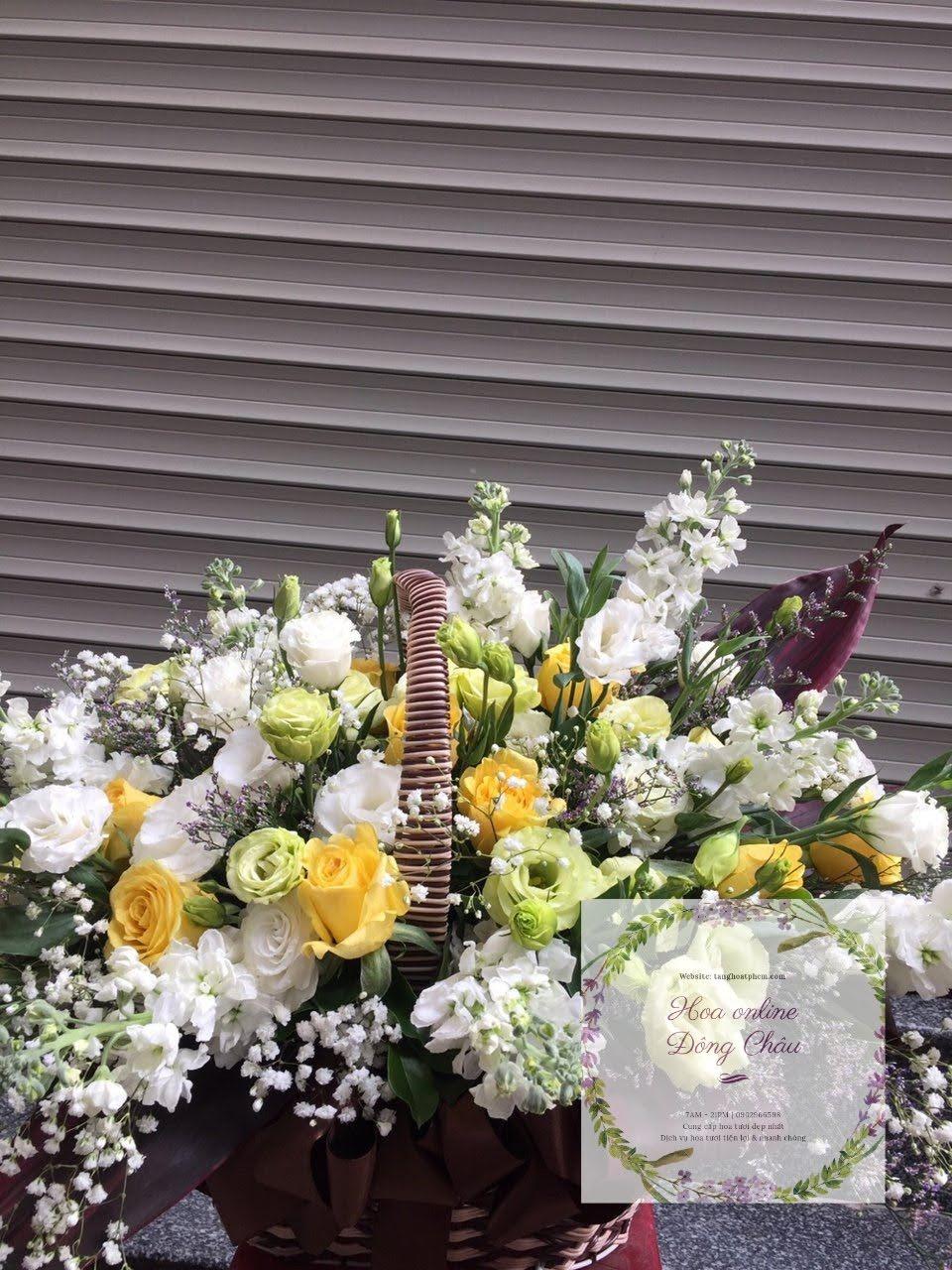 giỏ hoa tươi vui mừng