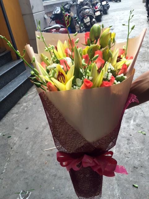 """Bó hoa """"Một Thoáng Yêu Thương"""""""