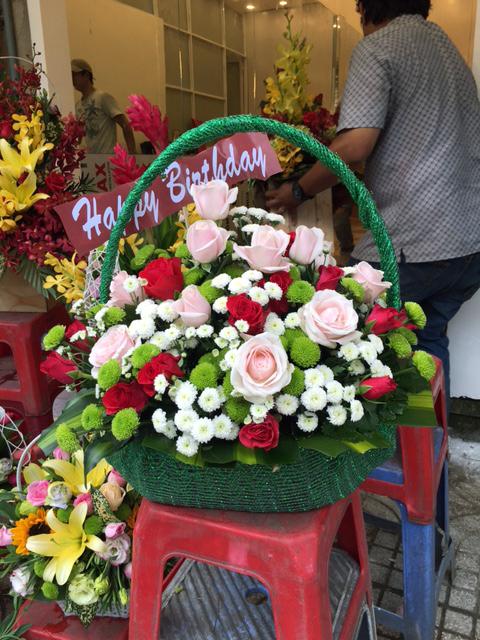 giỏ hoa tươi dấu yêu tặng người yêu dịp sinh nhật