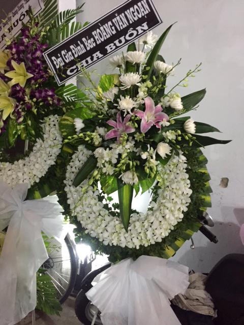 """Vòng hoa chia buồn """"Xót Thương"""""""