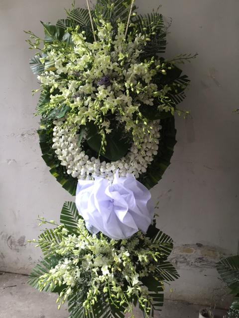 """Vòng hoa viếng """"Chia Xa"""""""
