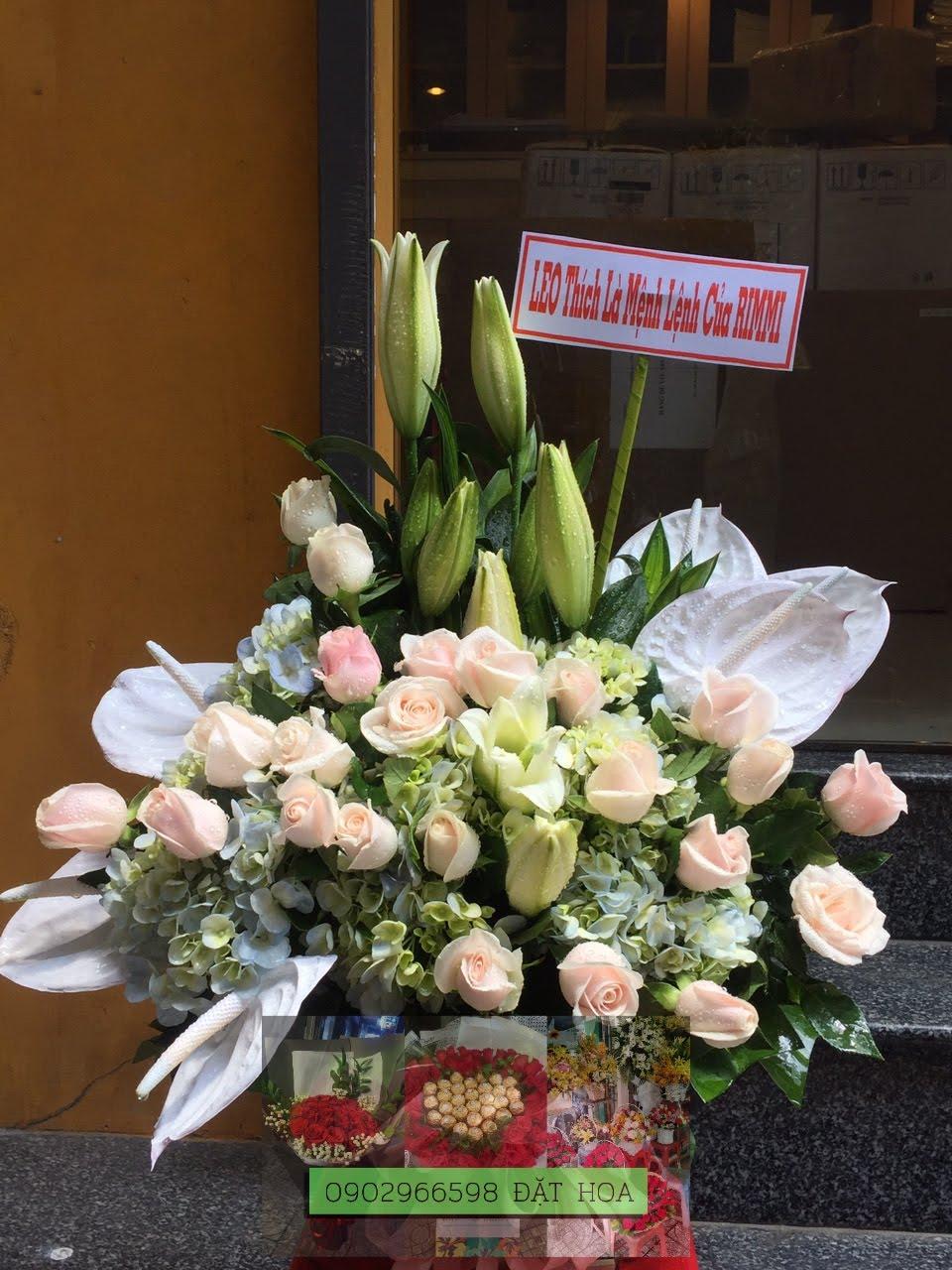 Giỏ hoa Từng Phút Giây