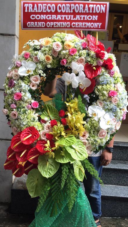 """Lẵng hoa """"Dịu Mát"""" tặng người thương yêu"""