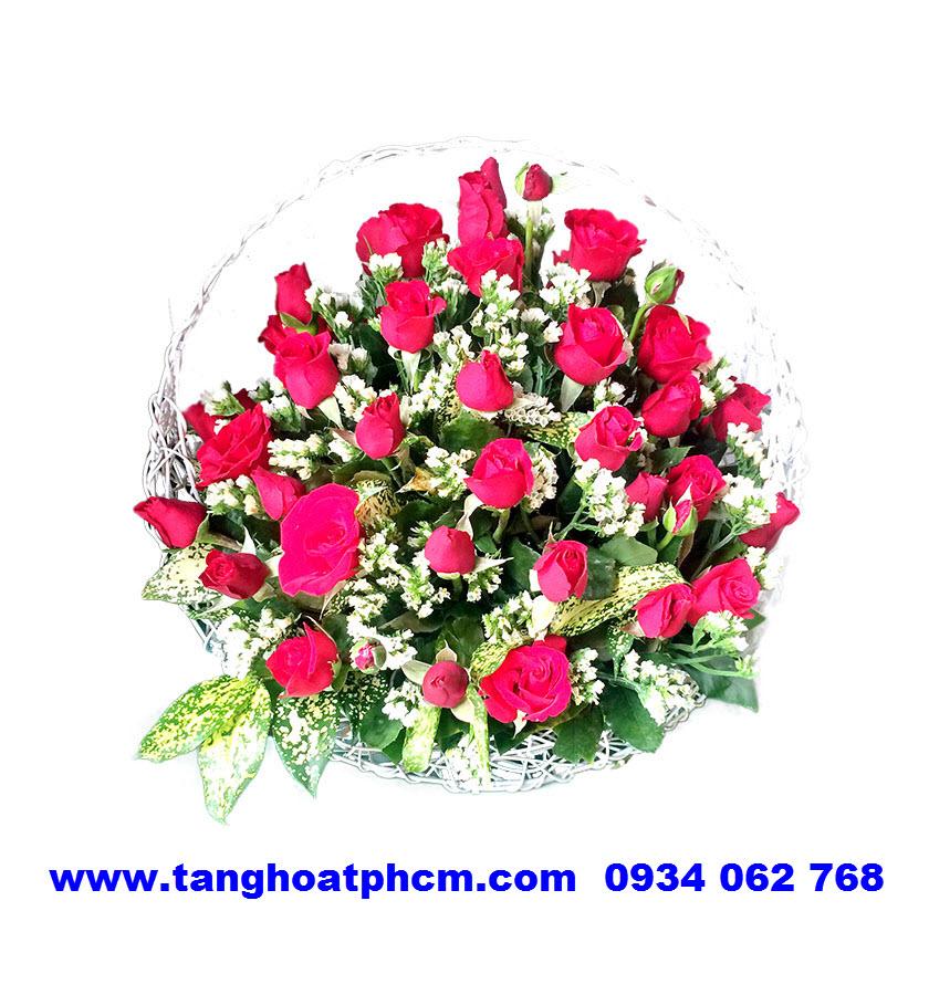 Giỏ hoa hồng đỏ mừng sinh nhật