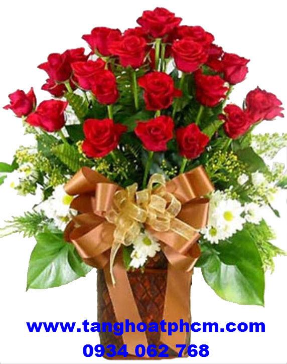 Giỏ hoa hồng tươi thắm