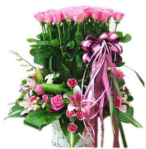 Lẵng hoa tình yêu