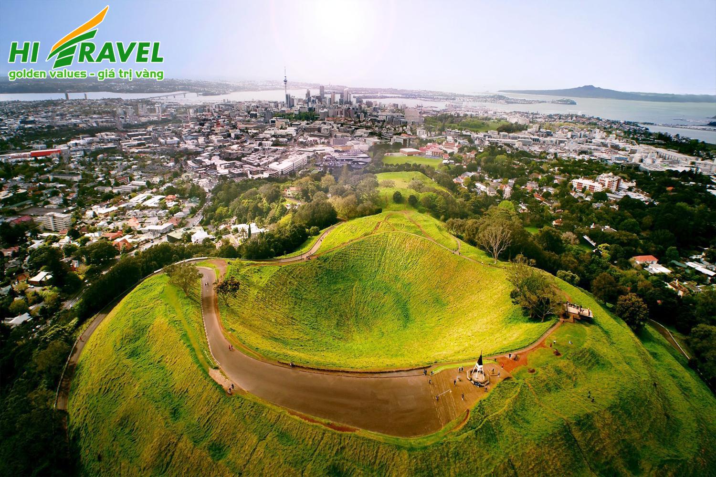 NEW ZEALAND: AUCKLAND – ROTORUA – HAMITON