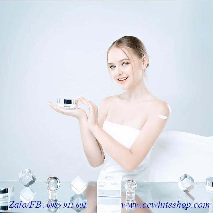 Kem dưỡng trắng body tinh thể nước CC White