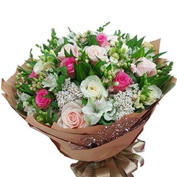 Bó Hoa Tinh Khiết