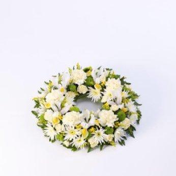 Classic Wreath Yellow and Cream United Kingdom