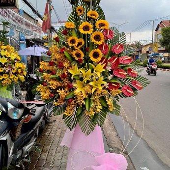 Lẵng Hoa Phong Phú