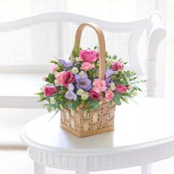 Scented Pink and Lilac Basket United Kingdom