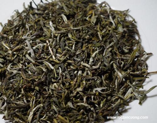 Thành phẩm trà Shan do người bản địa tự tay làm ra