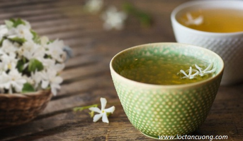 Trà hương lài tự nhiên có hương thơm thuần khiết, dịu dàng.
