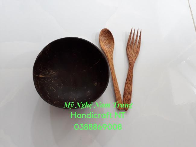 Nĩa gỗ dừa 4 chấu - Mỹ Nghệ Nam Trang