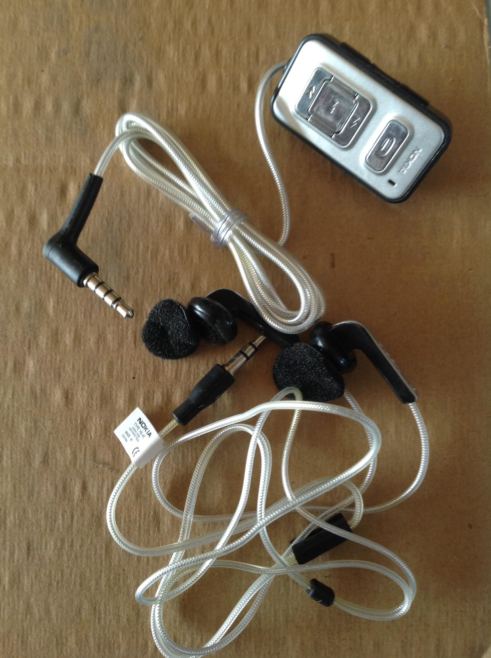 Tai nghe Nokia N70