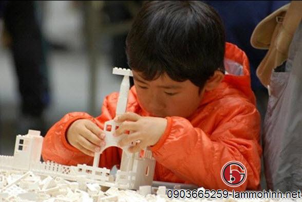 Các trò chơi lắp ráp mô hình kiến trúc sẽ giúp trẻ em  phát triển toàn diện