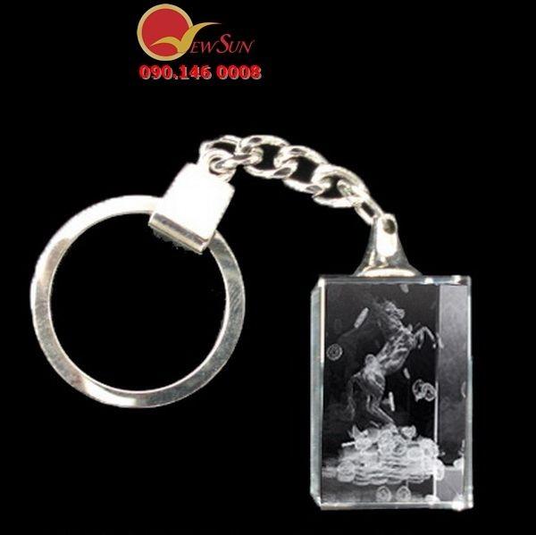 ** Sản Xuất Móc khóa pha lê chữ nhật - Vua Quà Việt 0901460008