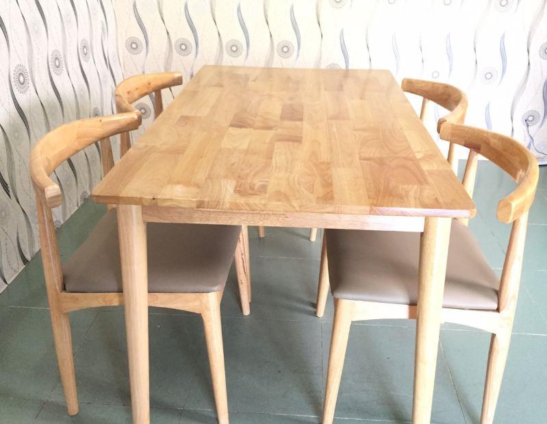 Bàn ghế ăn Bull 1m2 (4 ghế)