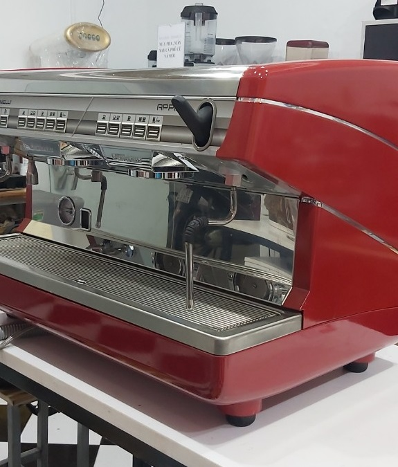 Máy pha cà phê Nuova Simonelli cũ thanh lý - Máy chuyên nghiệp 2 group Appia II giảm hơn 40%