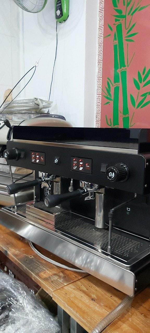 Bán máy pha cà phê đã qua sử dụng Wega Luna 2 group mới 95%.
