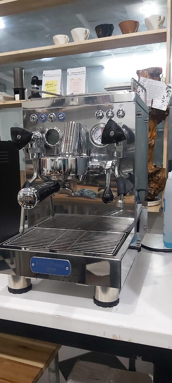 Thanh lýmáy pha cafe cũ tphcm Welhome Pro - Hàng trưng bày giá rẻ 30%.