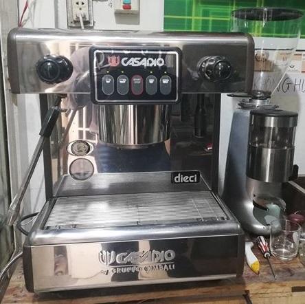 Thanh Lý Nguyên BộMáy Pha Cafe Casadio và Máy Xay Cafe.