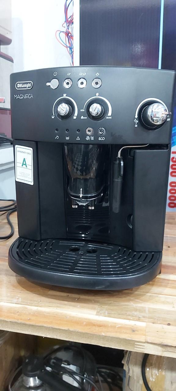 Thanh lý máy pha cà phê Delonghi Esam 4200 giá rẻ 40%.