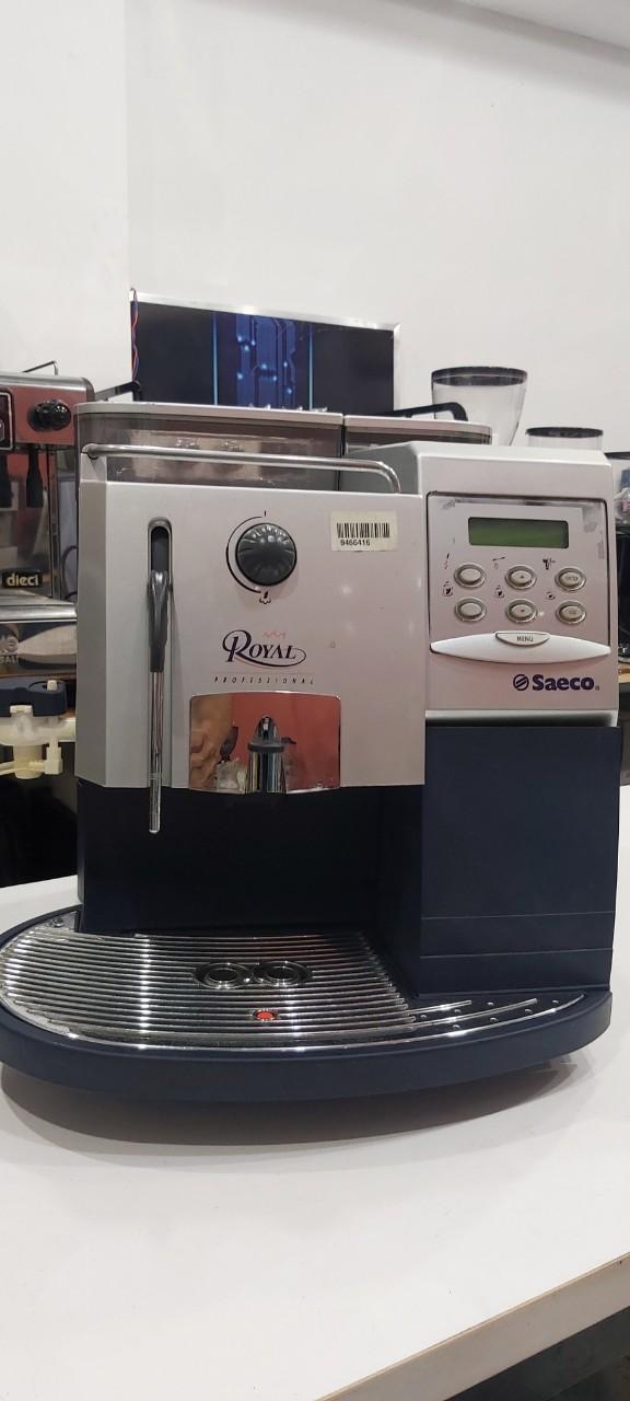 Thanh lý máy pha cafe Saeco tự động giá giảm 45%.