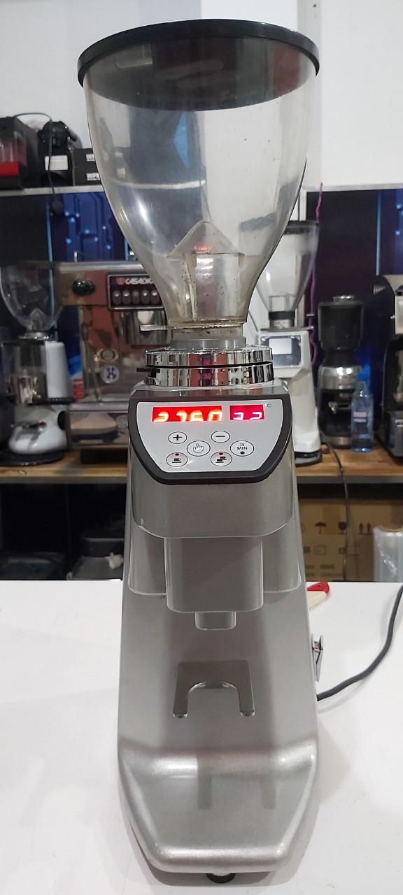 Thanh lý máy xay cà phê Carimali tự động giá 9 triệu.