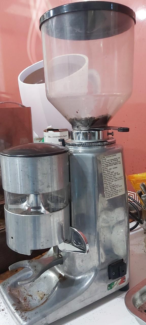 Thanh lý máy xay cà phê hạt Quarma giá rẻ 9tr/máy