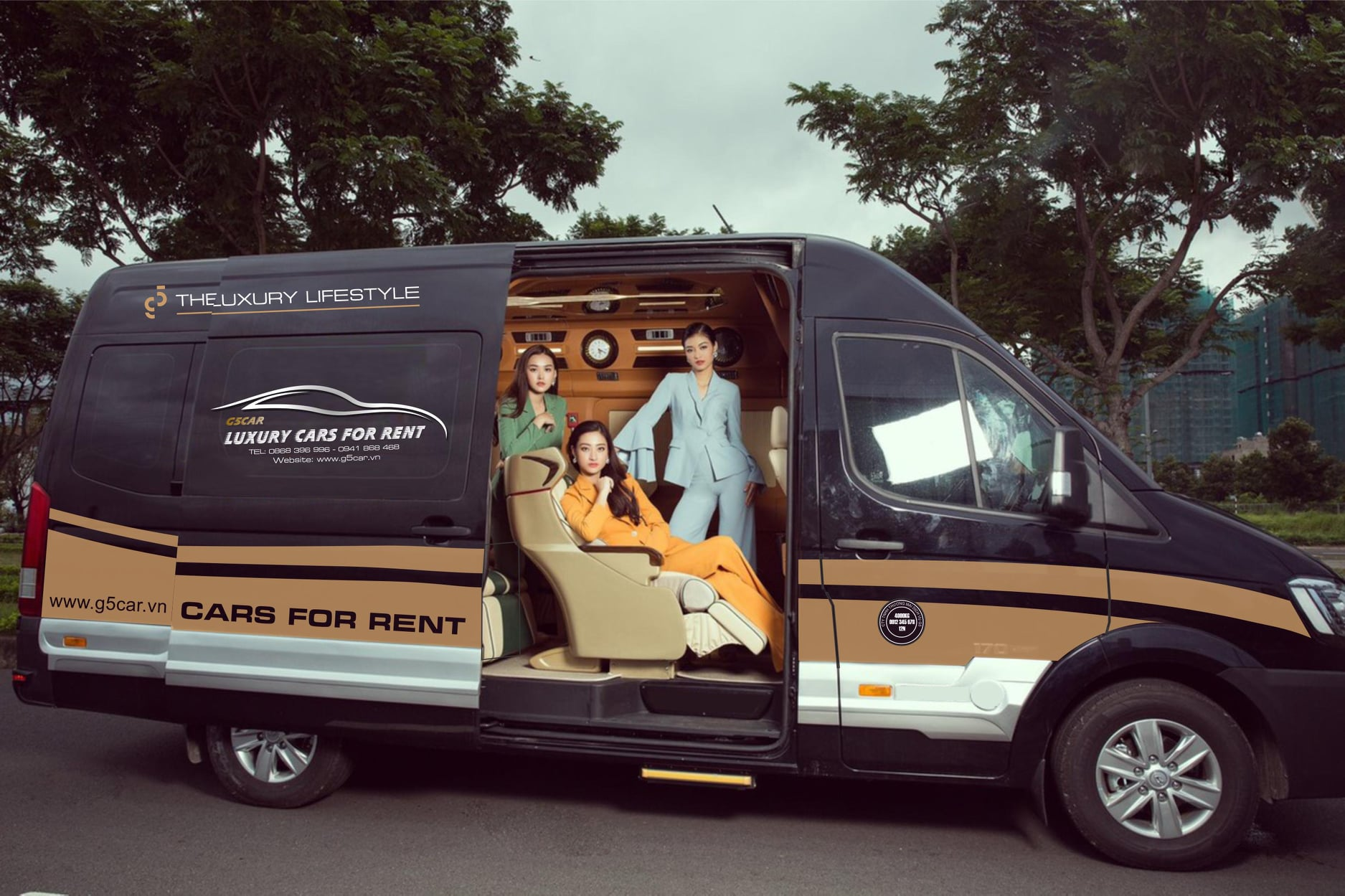 Thuê xe 12 chỗ Limousine - My Tam Travel