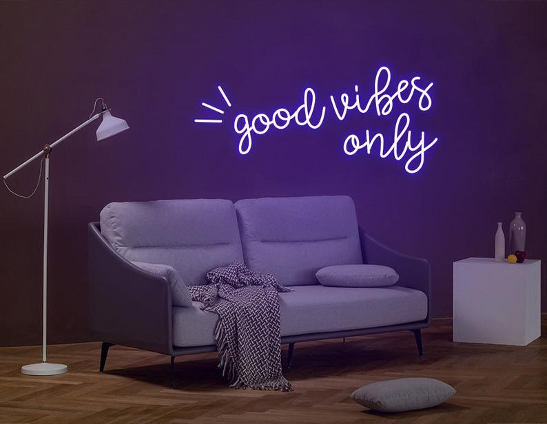 """Led Neon Sign """"good vibes only """""""