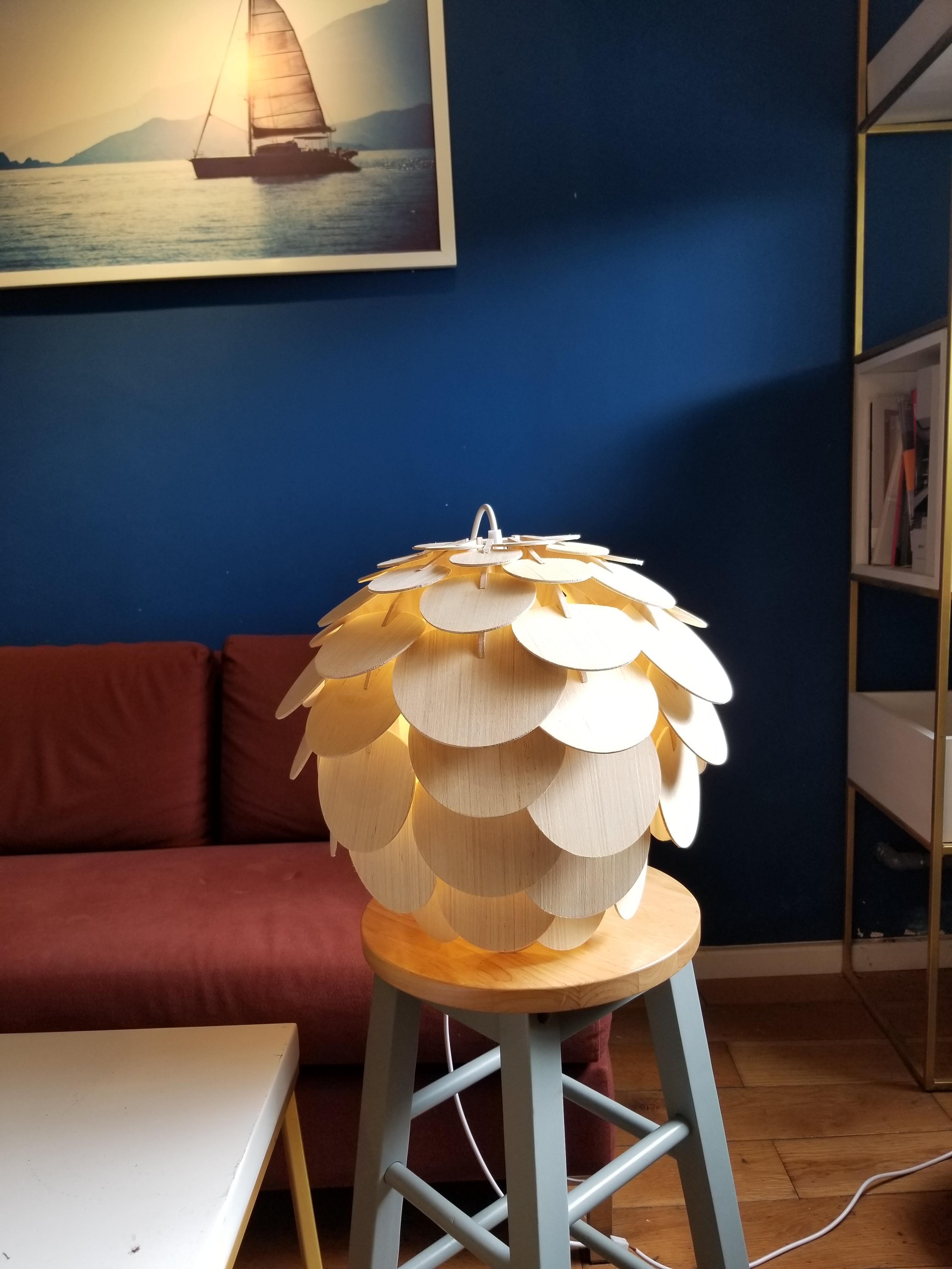 Đèn gỗ trang trí pine cone M1