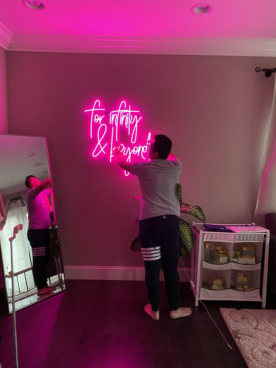 Custom Neon Sign/ Handmade Neon Sign/Đèn Neon theo yêu cầu