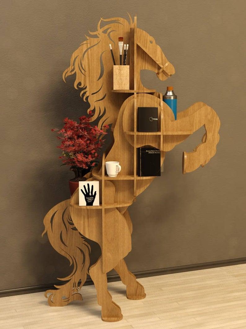 Kệ gỗ trang trí hình ngựa phi  đẹp đa chức năng